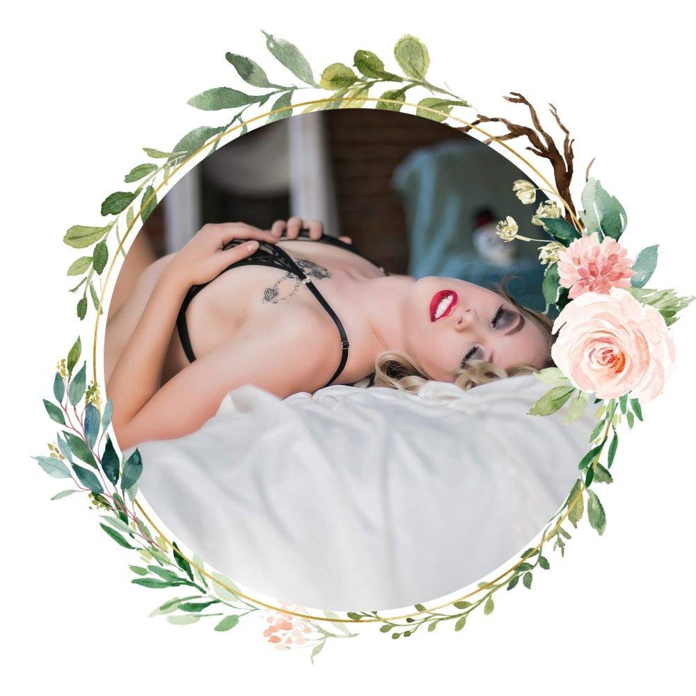 layered Floral Frame - KC Studio